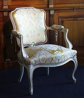 "Cabriolet (furniture) - Image: No 0147 fauteuil cabriolet ""Malestroit"""