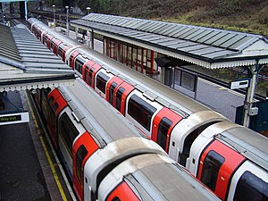 North Acton tube station - Image: North Acton tube station
