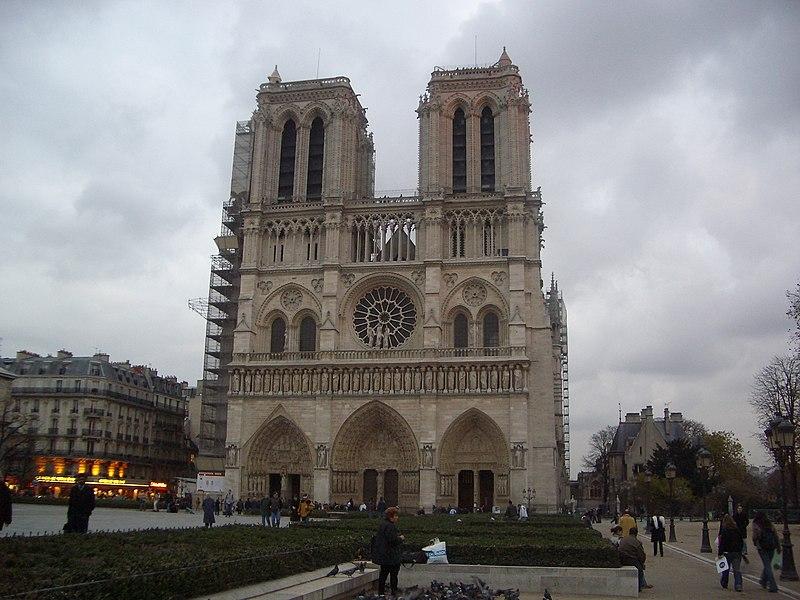 File:Notre Dame Paris Winter.jpg