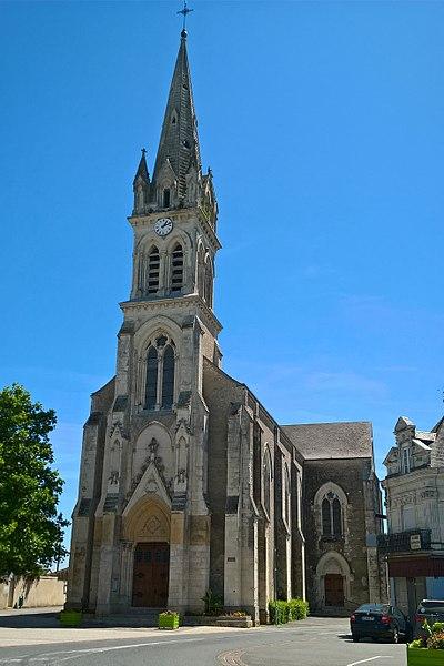 Noyant, église
