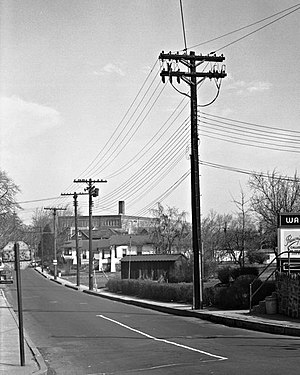 Old Harford Road - Image: Old Harford Road BGE21848CROP8x 10SMALLMODmed