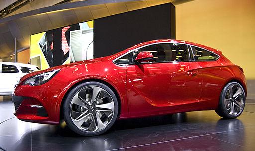 Opel Nuova Astra GTC