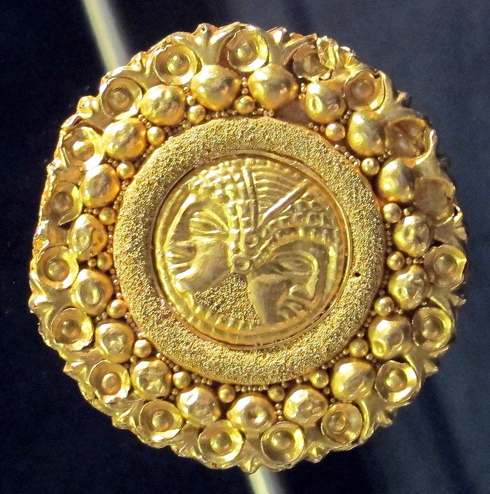 Ornamento in oro, 410-300 ac. ca. 01