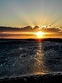 Pôr-do-sol na água em Galinhos, RN, Brasil.jpg