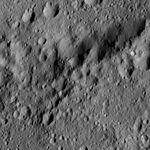 PIA20962-Ceres-DwarfPlanet-Dawn-4thMapOrbit-LAMO-image200-20160610.jpg