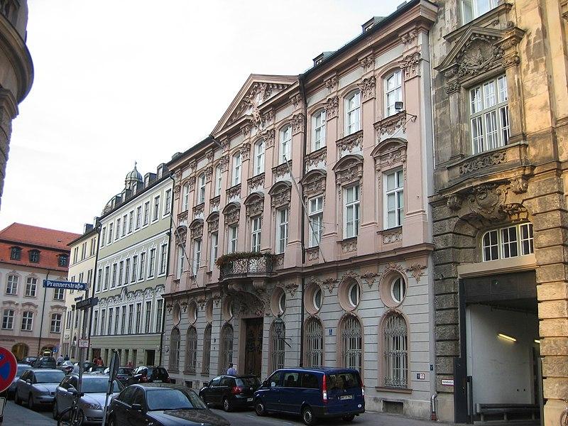 File:Palais Holnstein Munich.JPG