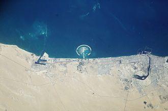 Palm Islands - Image: Palm Island ISS006 E 35516 large
