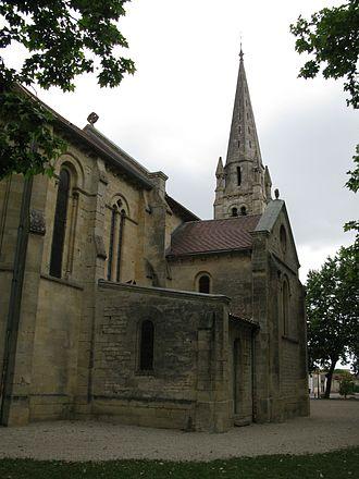Parempuyre - Image: Parempuyre l'église, vue arrière