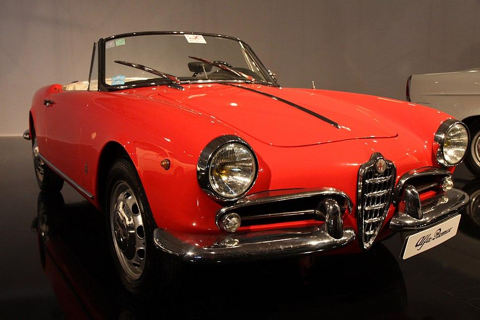 Paris - Mondial de l'Automobile 2010 - Alfa Romeo Giulietta Spider - 001