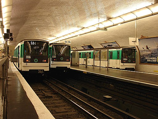 Paris Metro - Ligne 3 - Pont de Levallois - Becon 03