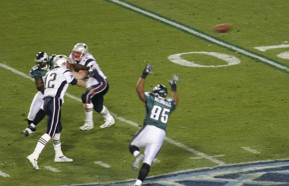 Patriots on offense at Super Bowl XXXIX 2