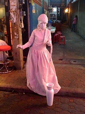 Pattaya-Mime on Walking Street