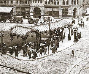 English: Pioneer Square Pergola, 1914. Image s...