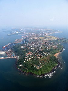 Picture of coastline of Vasco da Gama, Goa, taken from an aircraft's window. Picture of GOA taken from an air craft's window.jpg