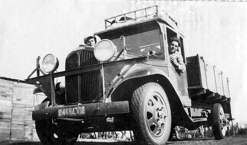 המשאית הראשונה