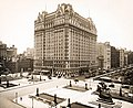 Plaza Hotel New York City 1908.jpg