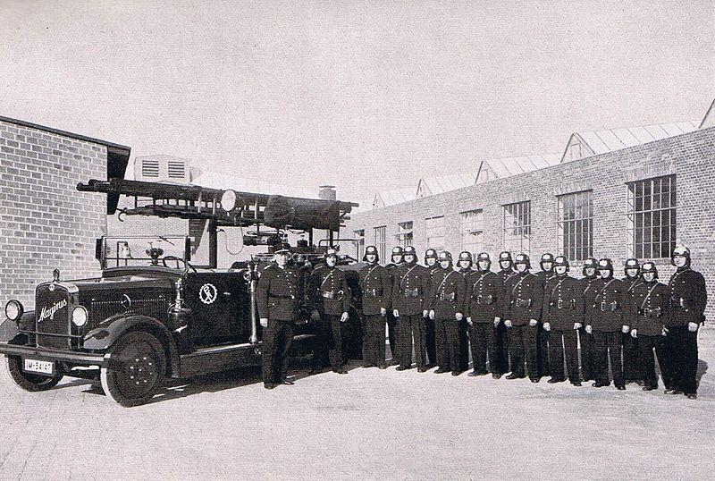 Deutz - Wie alles begann - Video Werbefilm 800px-Polte-Werksfeuerwehr_1935