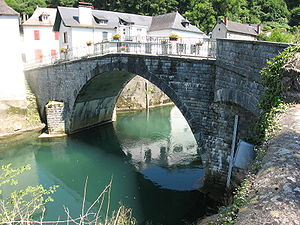 Licq-Athérey - Bridge on the river Saison