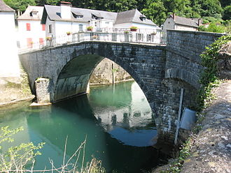 Licq-Athérey - Bridge on the river Saison