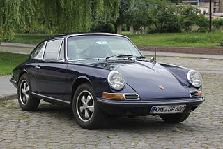 1965-1969 sports car four-cylinder development of the Porsche 911