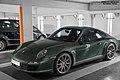 Porsche 997 Carrera S (23263423713).jpg