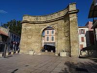 Porte d'Arles.JPG
