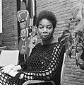 Portret van de Amerikaanse zangeres Nina Simone die met kerst op televisie zal v, Bestanddeelnr 918-5604.jpg