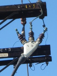 Pothead High-voltage electrical connection device