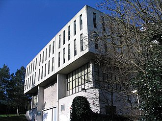 Proudman Oceanographic Laboratory - A former home of POL, built at Bidston, west of Liverpool, in 1975 and used until around 2004. Demolished 2013.
