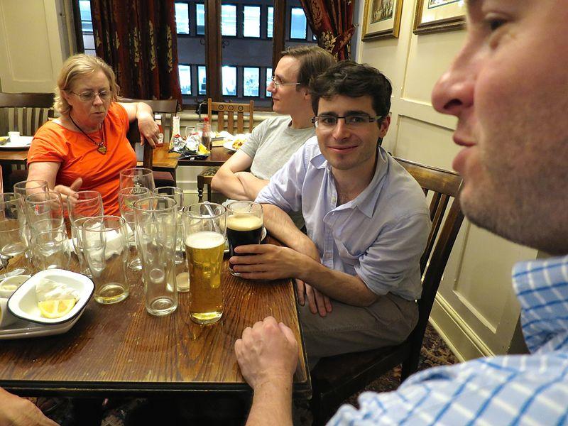 Pub-london-wikimania-ye-olde-cock-tavern.jpg