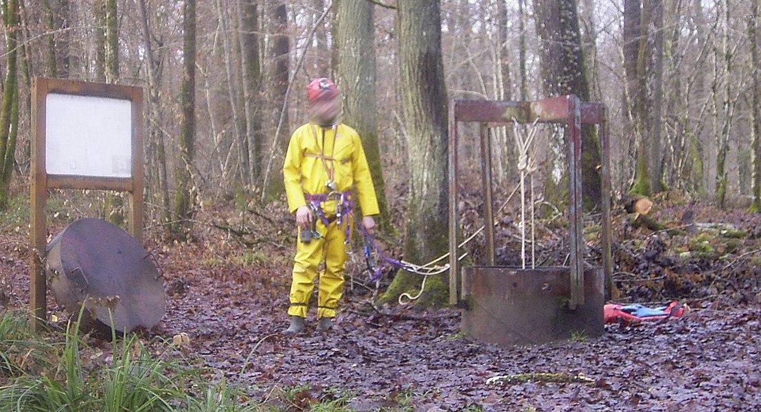 Tête du puits artificiel du Rupt-du-Puits (Beurey-sur-Saulx, Meuse, Lorraine, France)