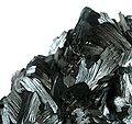 Pyrolusite-pyrol-34b.jpg