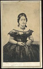 Queen Emma of Hawaii, c. 1859, carte de visite by H. L. Chase.jpg