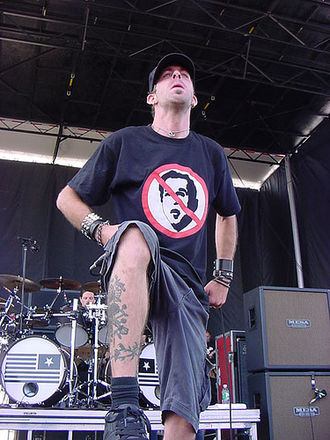 Randy Blythe - Randy Blythe at 2004's Ozzfest.