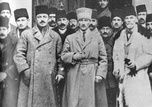 Turkish National Movement - Members of the movement during the Sivas Congress, left to right: Rauf Orbay, Mustafa Kemal Atatürk, and Ahmet Rüstem Bilinski.