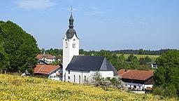 Kirche von Reichersbeuern von Südosten