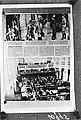 Reproductie van een pagina uit Zwitsers blad met reportage over Tweede Kamer en , Bestanddeelnr 901-0995.jpg