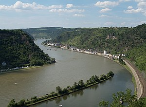 English: Rhine valley at Sankt Goarshausen, UN...
