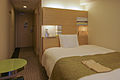 Richmond Hotel Premier Musashi-Kosugi single bedroom 20100618-002.jpg