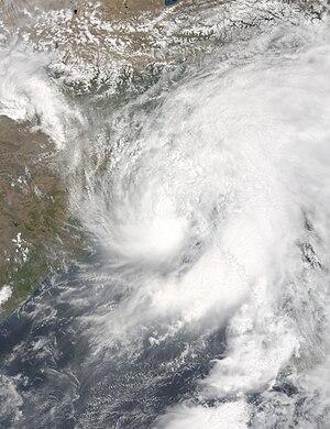 2016 North Indian Ocean cyclone season - Image: Roanu 2016 05 21 0450Z