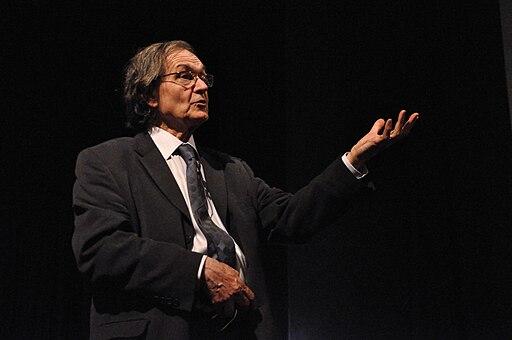 Roger Penrose 9686