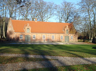 Axel Berg (architect) - Image: Rosenholm Slot Herskabsstalden