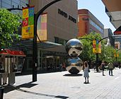 Rundle Mall, Adelaide.jpg