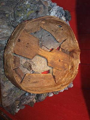 Sami drum - Image: Runebomme fra Bjørsvik Nordfold Steigen
