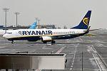 Ryanair, EI-EBH, Boeing 737-8AS (28955338556).jpg