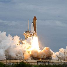 Atlantis launching from KSC on July 8, 2011. Image: Bill Ingalls.