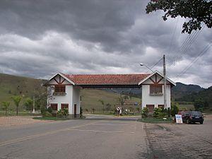São Bento do Sapucaí - Portal at entry to São Bento do Sapucaí