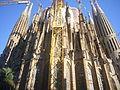 Sagrada Família - 2011 Apse 03.jpg