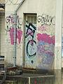 Saint-Martin-du-Tertre-FR-89-sous station électrique SNCF-graffiti-08.jpg