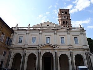 Sant'alessio church outside.JPG